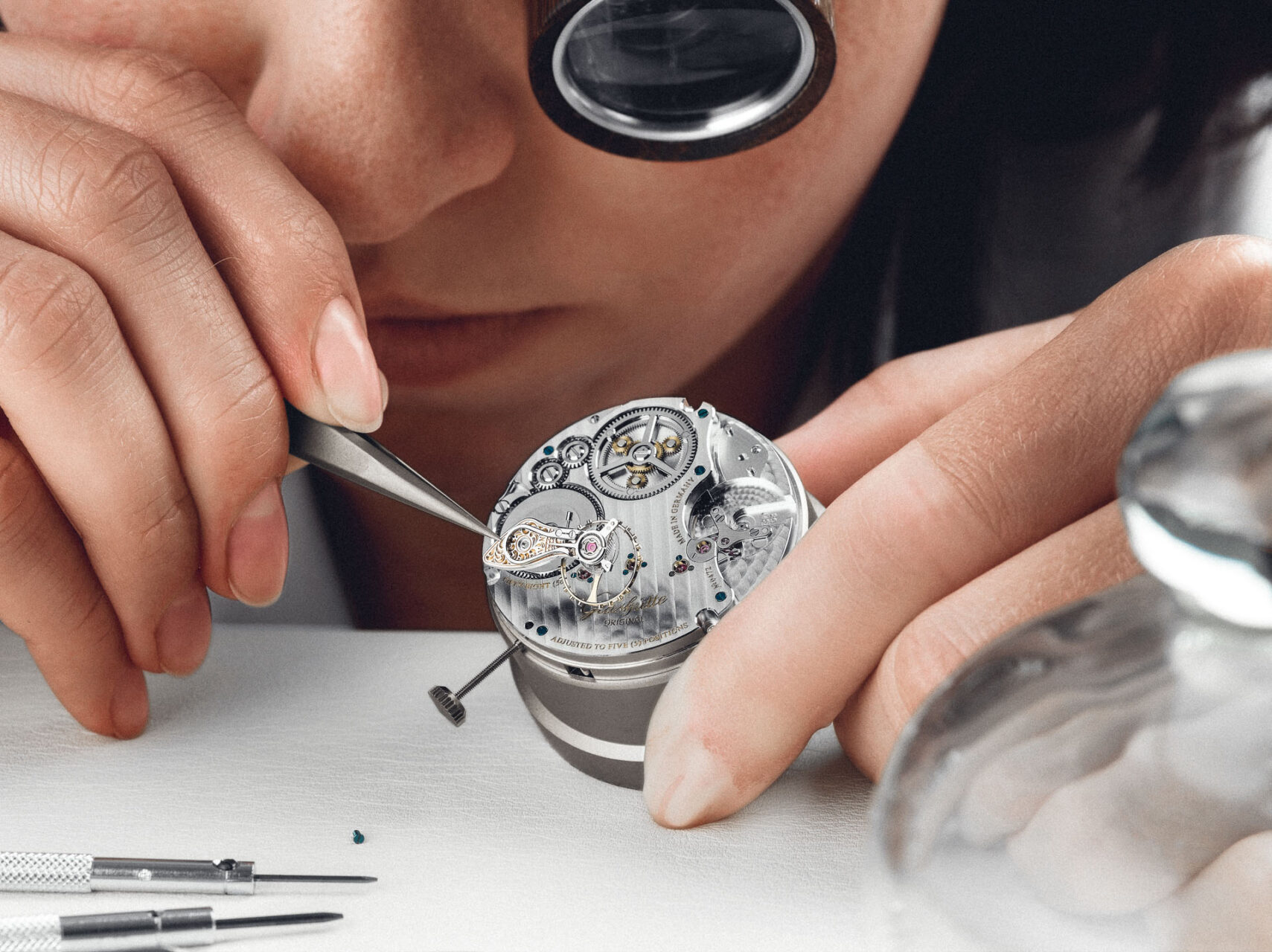 Uhrmacherin, Werksmontage bei Glashütte Original
